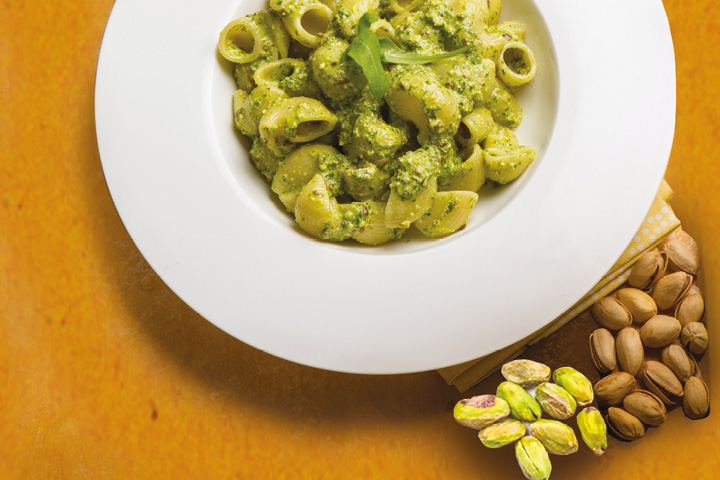 Pasta with pistachios
